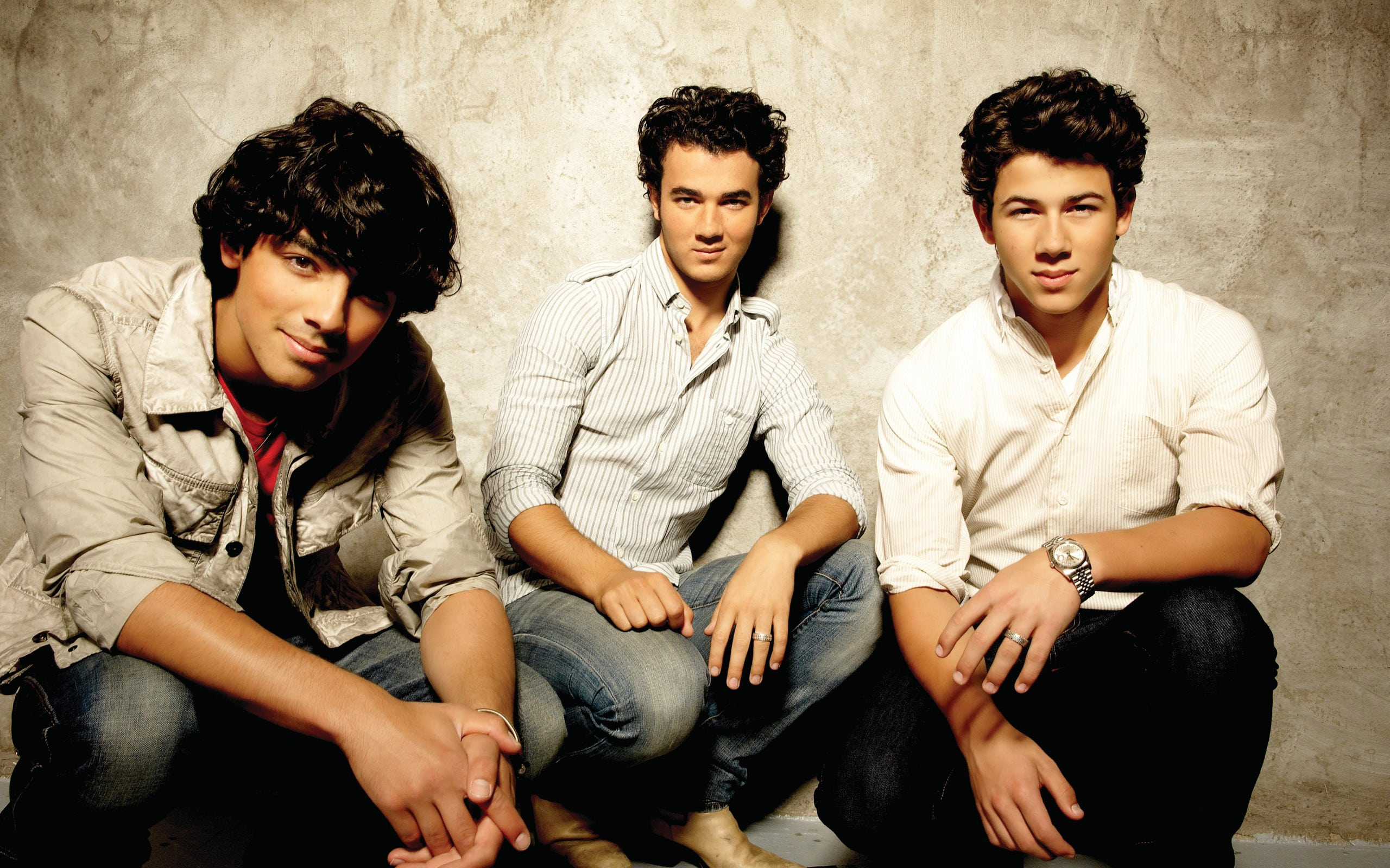 Jonas Brothers Net Worth, Bio 2017-2016, Wiki - REVISED ...