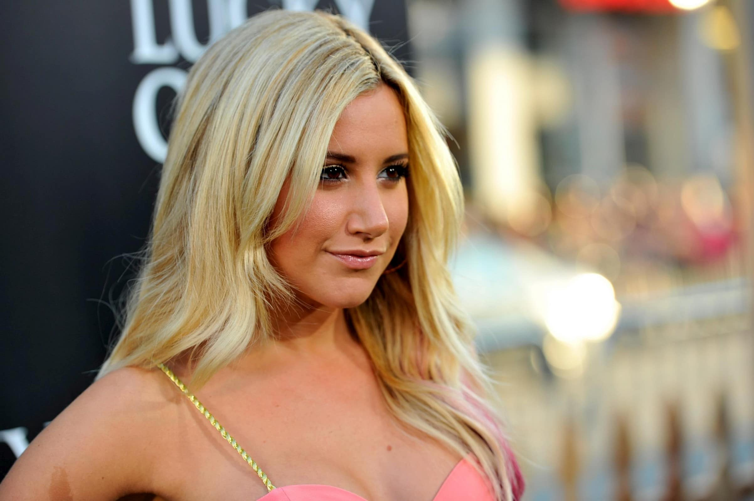 Ashley Tisdale Net Wor...