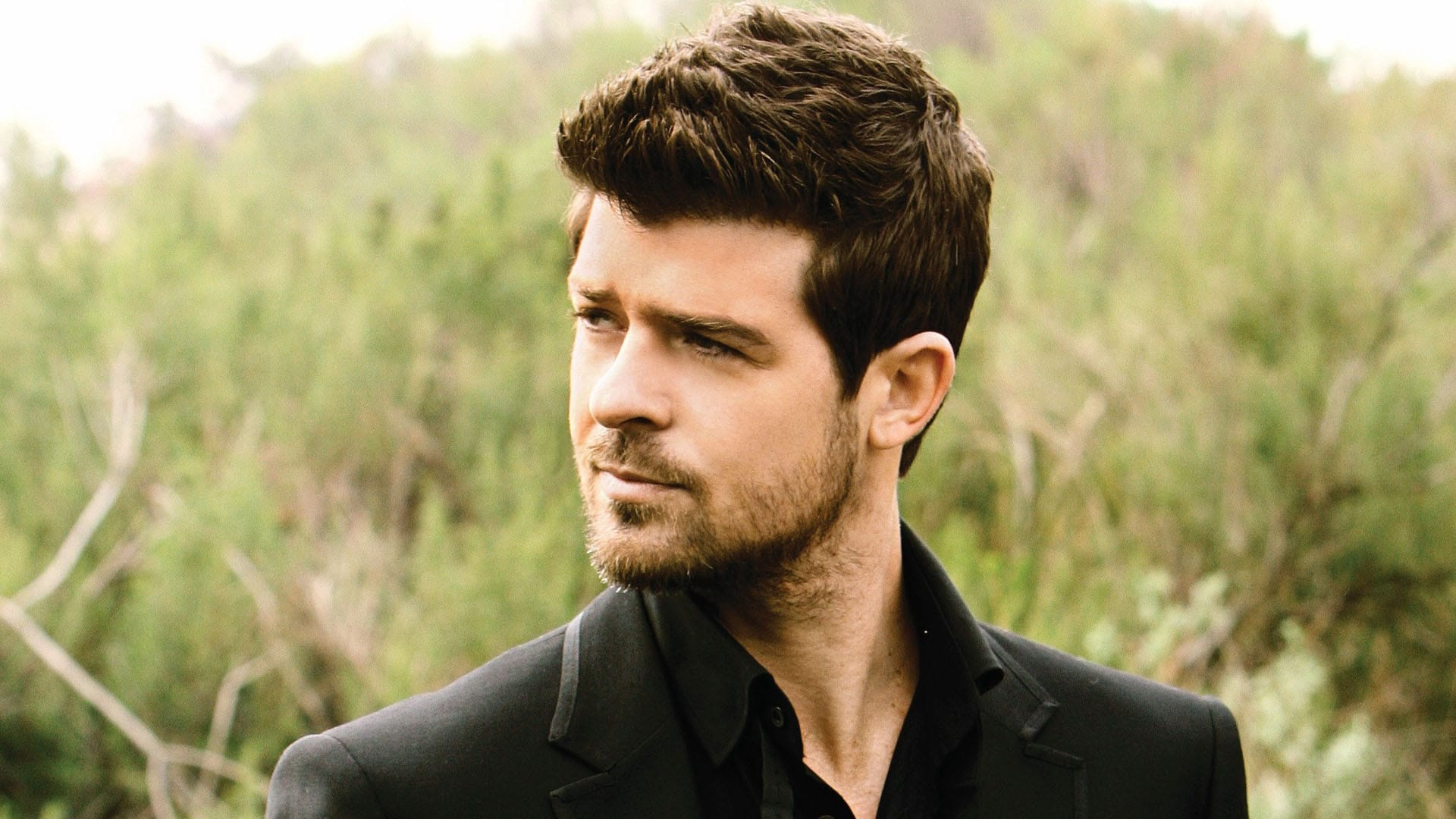 Robin thicke Nude Photos 52