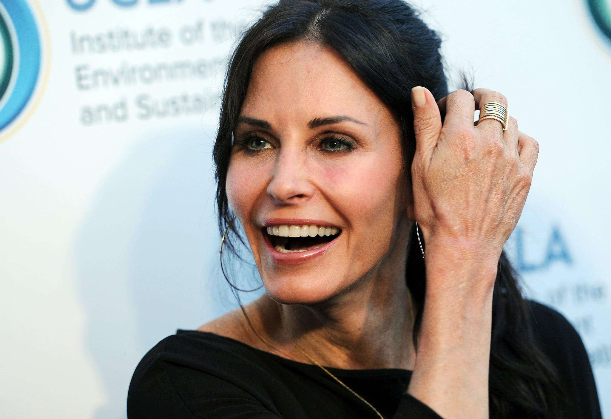 Courteney cox net worth bio 2017 2016 wiki revised for Cox at home