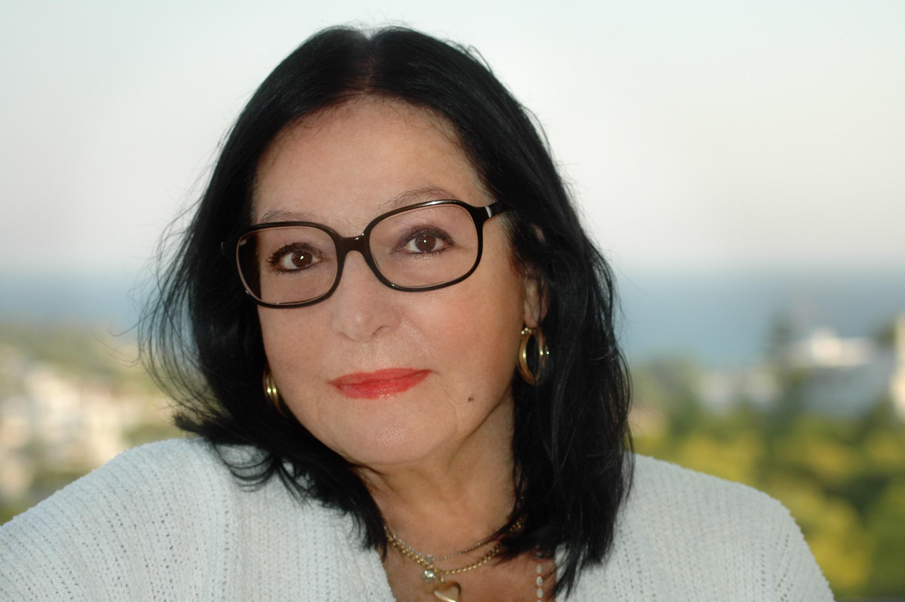 Nana Mouskouri - The Exquisite Nana Mouskouri