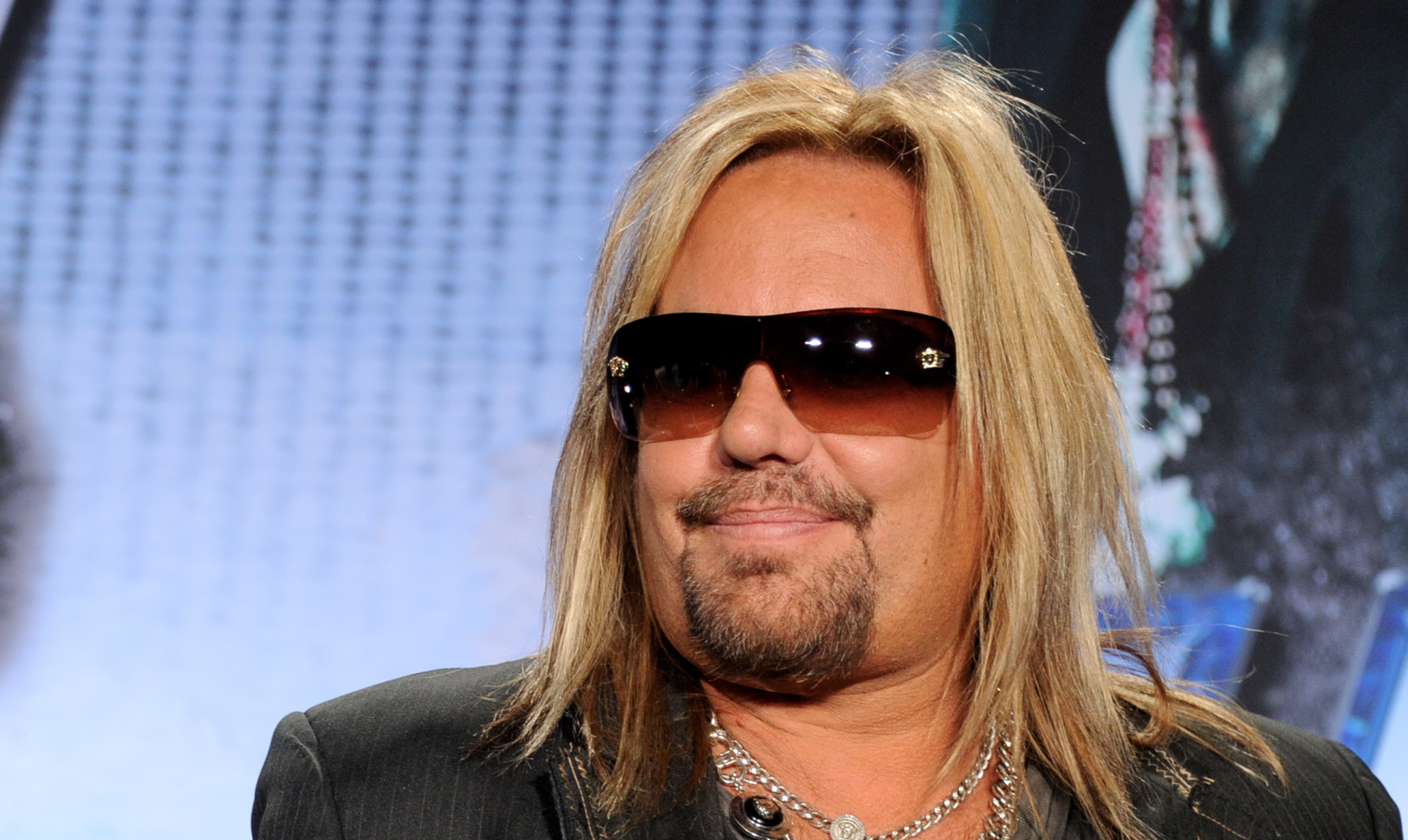Vince Neil earned a  million dollar salary, leaving the net worth at 50 million in 2017